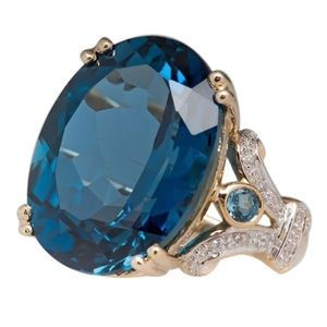 Oval Tourmaline Crystal Cocktail Statement Ring